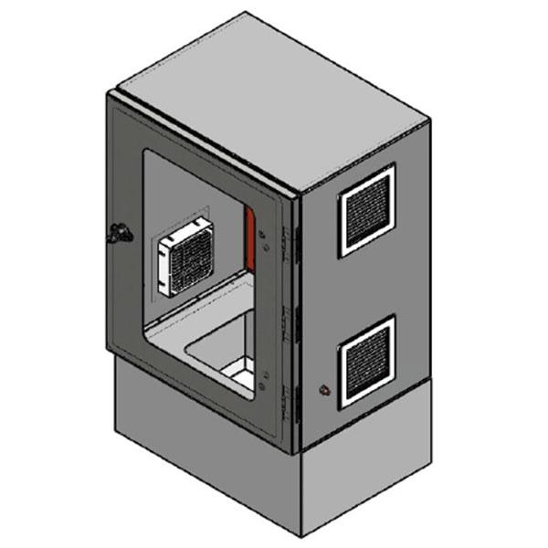 Caixa elétrica com base soleira 200 mm RAL 7035 com visor, placa de montagem RAL 2000 e venezianas para ventilação interna.